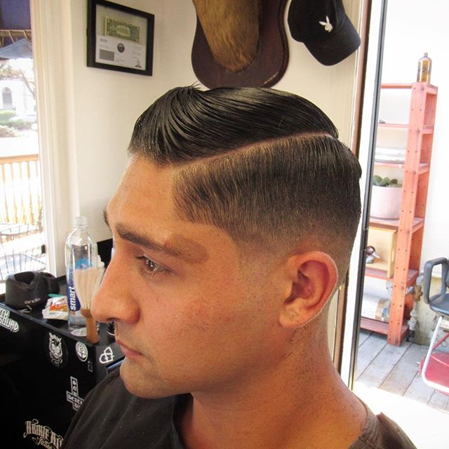 Our new barber at BLKHRT @theplayboybarber cut up a nice fade and style on top yesterday.  Hit us up if you need a cut. 🏼 #blkhrtbarbershop #sandiego #pacificbeach #barber #playboy