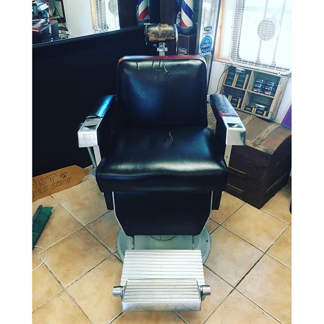 So stoked.  We scored another chair for the shop.  So that makes 3.  Looking for a part time barber.  DM if you know anyone who wants to work at a rad shop.  #blkhrtbarbershop #pacificbeach
